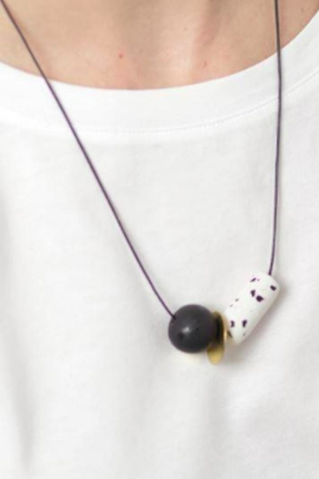 Depeapa Materia Necklace No.5 - Front Full Image