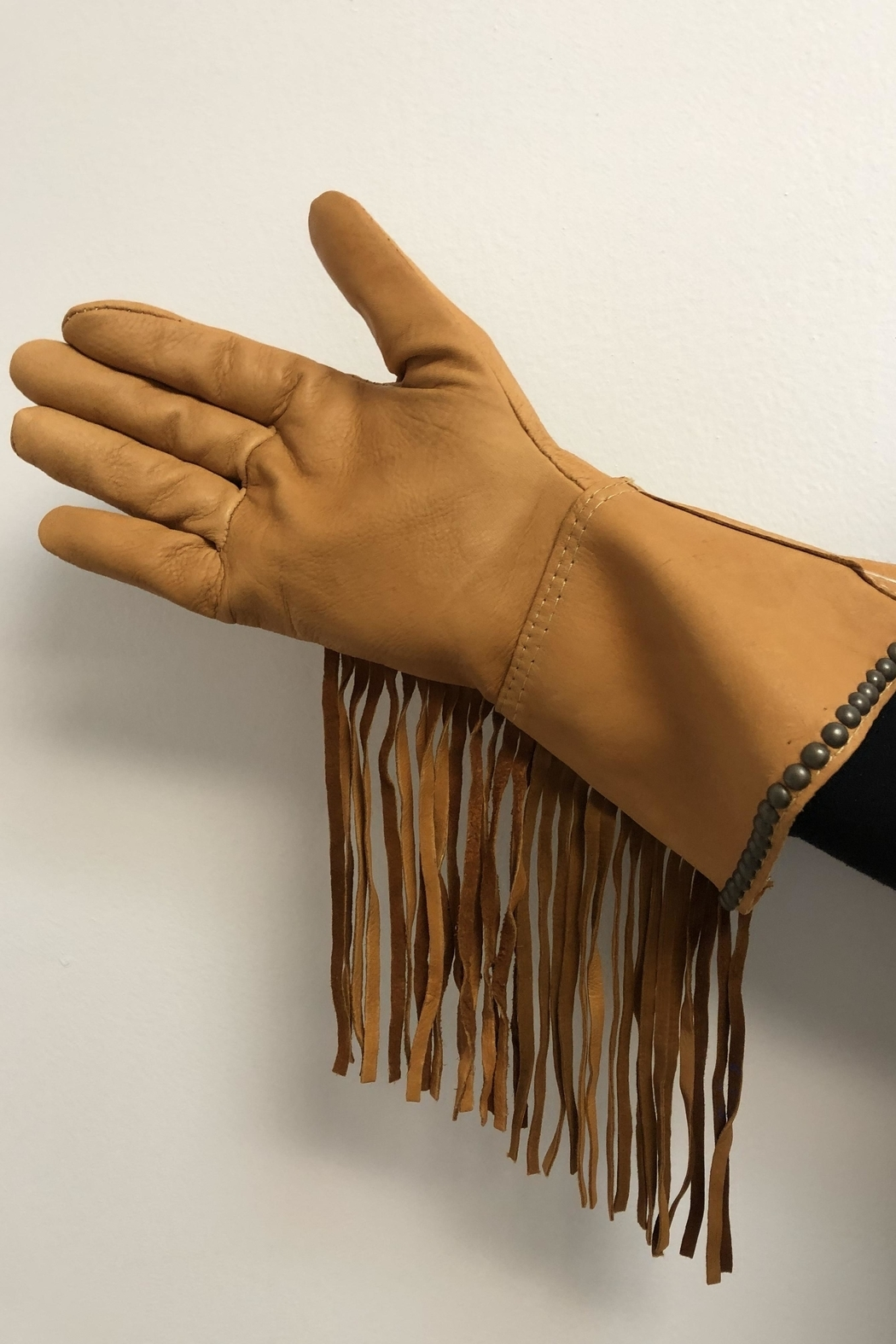 Patricia Wolf Desert Rose Riding-Gloves - Side Cropped Image