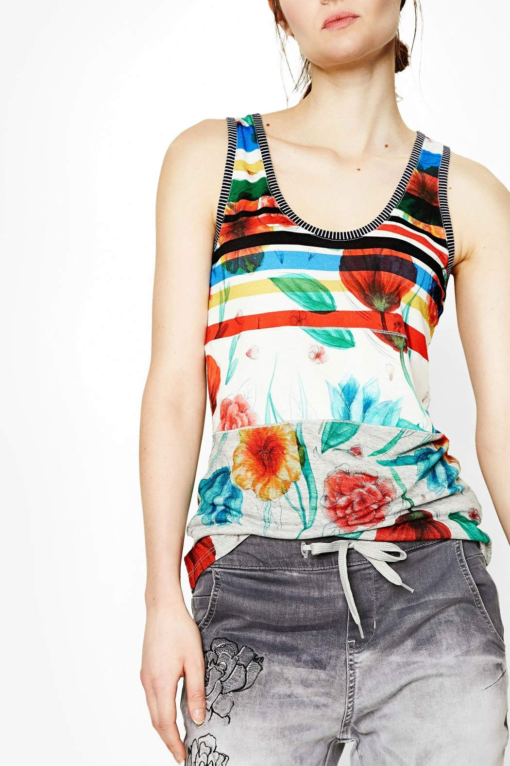DESIGUAL Chic Floral Tank - Front Cropped Image