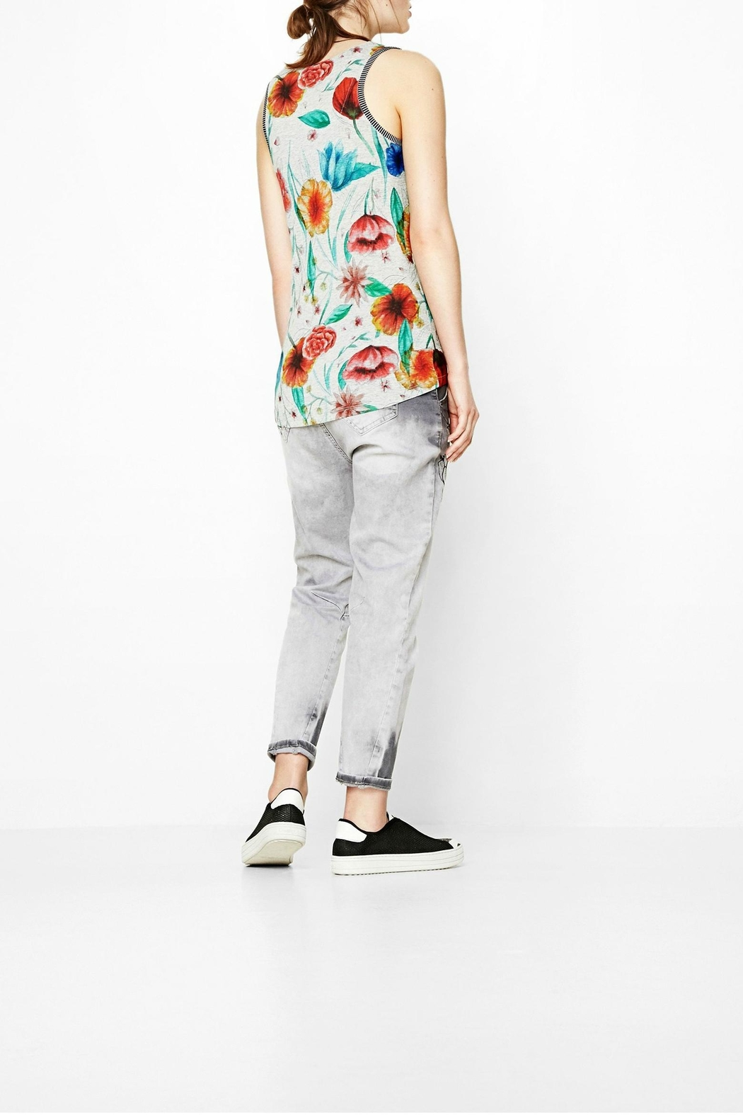 DESIGUAL Chic Floral Tank - Back Cropped Image