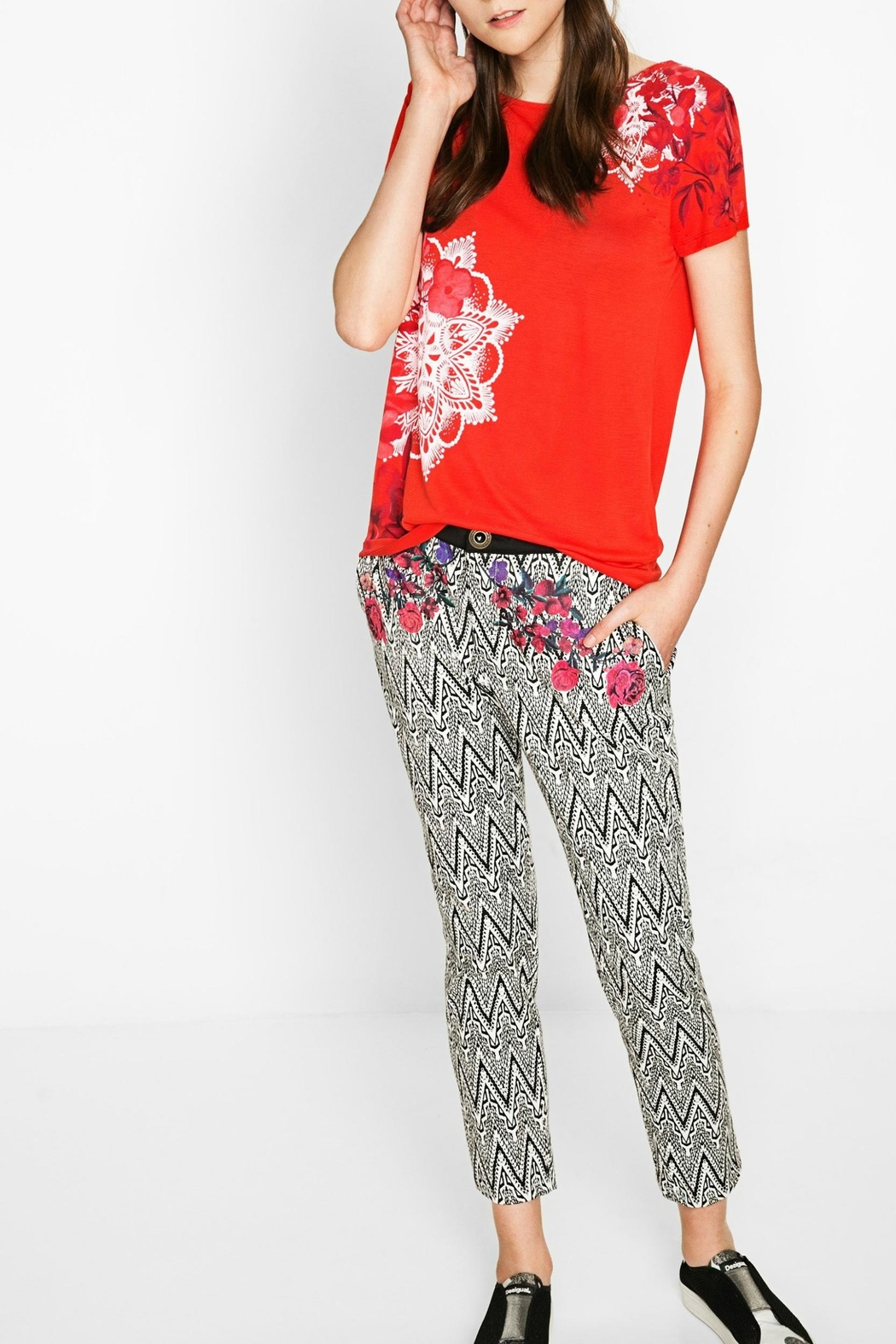 DESIGUAL Red Floral Tee - Side Cropped Image