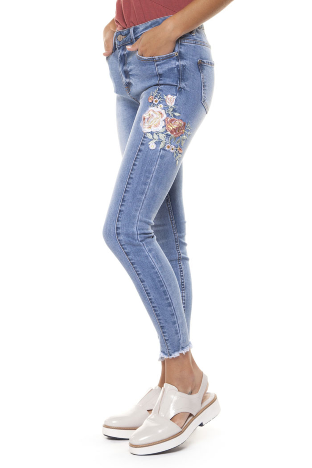 Dex Basic Embroieder Jeans - Front Cropped Image