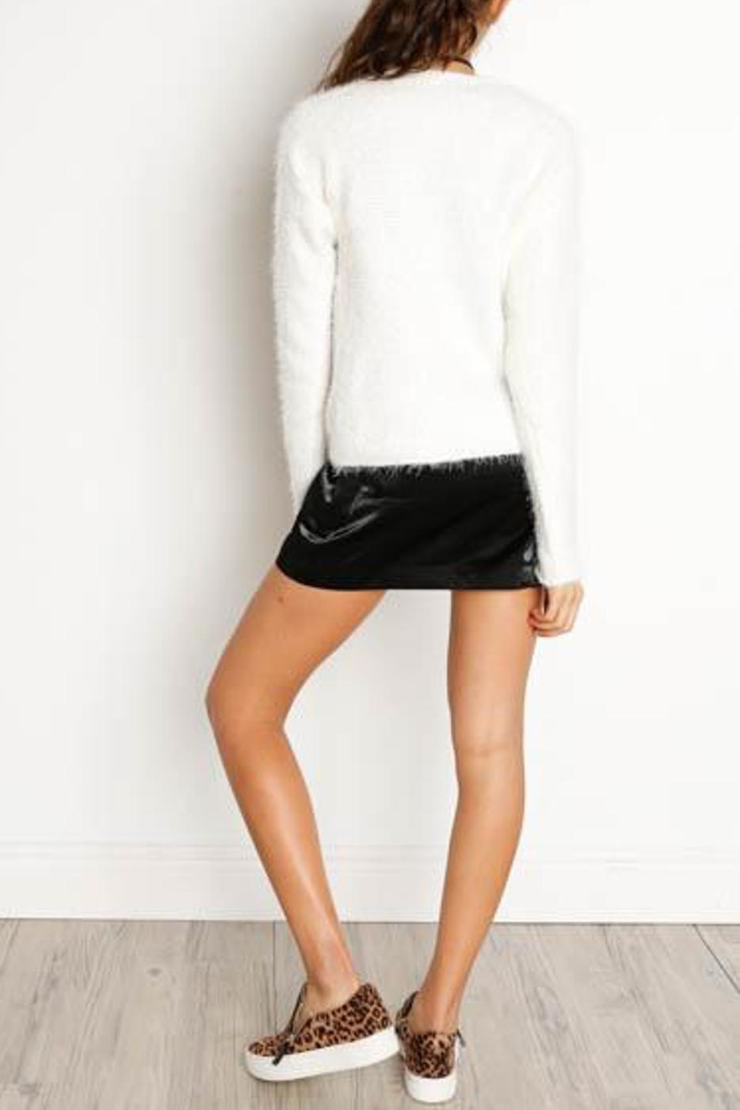 Dex Cut-Out V-Neck Sweater - Side Cropped Image