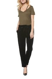 Dex Cutout V Neck Tee - Front cropped