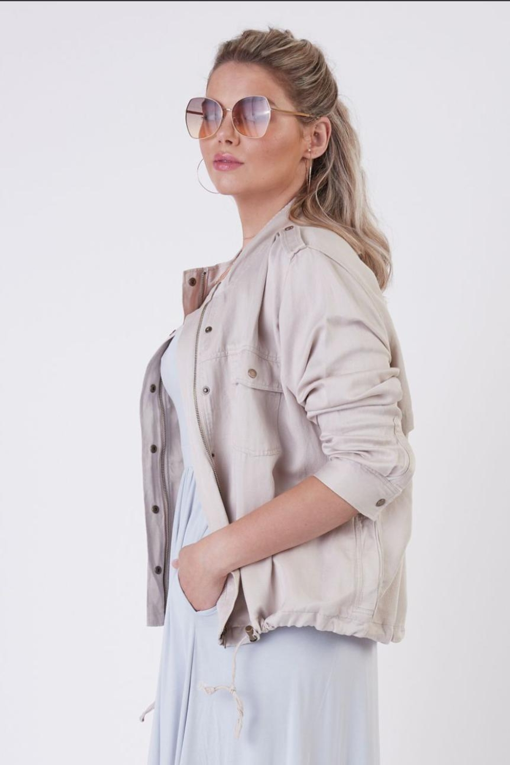 Dex Khaki Lightweight Jacket - Side Cropped Image