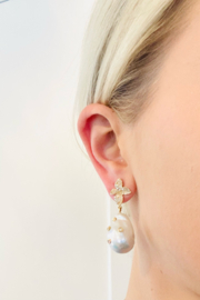 Samira  Diamond Encrusted White Baroque Fresh Water Pearl Flower Drop Earring - Front cropped