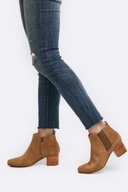 Able Diana Chelsea Boot - Front cropped