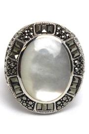 Diane's Accessories Sterling Mother-Of-Pearl Ring - Front cropped