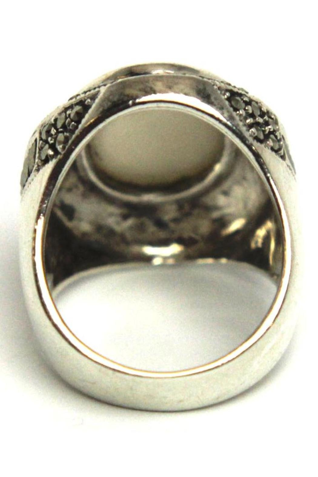 Diane's Accessories Sterling Mother-Of-Pearl Ring - Front Full Image