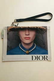 Couture planet Dior Pearls Wristlet Lauren - Product Mini Image
