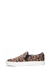 Dirty Laundry Emory Cheetah Slip-Ons - Front cropped
