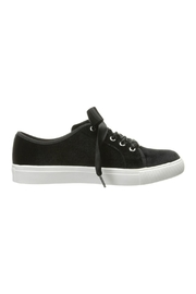 Dirty Laundry Fillmore Sneaker - Side cropped