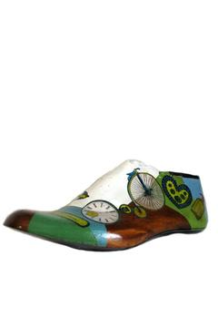 Diseño bos Handpainted Shoe Form - Alternate List Image