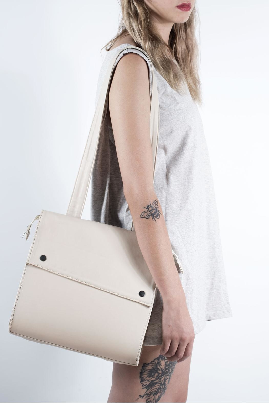 Disenia White Backpack - Side Cropped Image