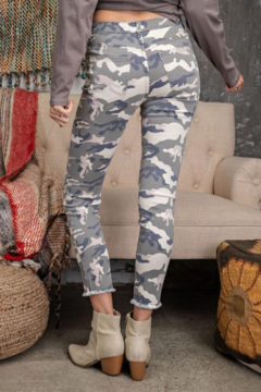 easel Distressed Camo Jeans - Alternate List Image