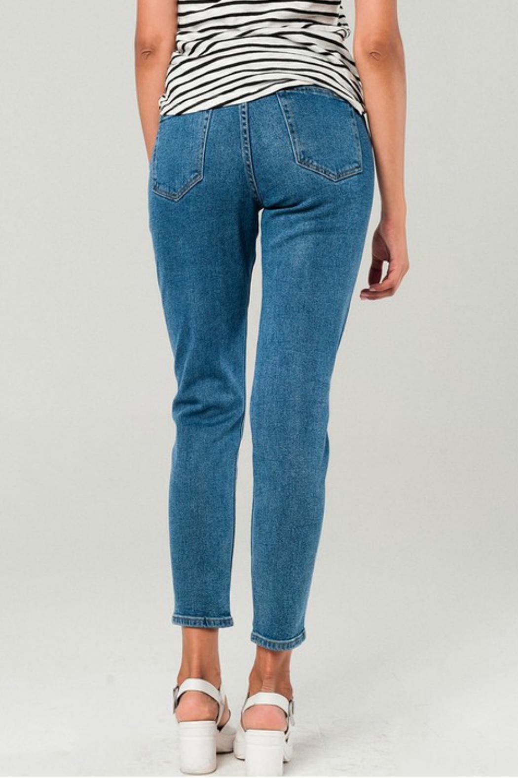 Q2 Distressed Mom Jeans - Back Cropped Image