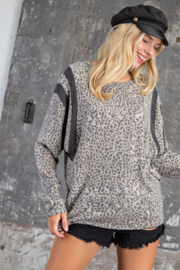 143 Story Ditsy Leopard Contrast Dolman Top - Product Mini Image