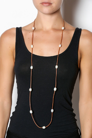 Djuna Pearl Necklace - Back cropped