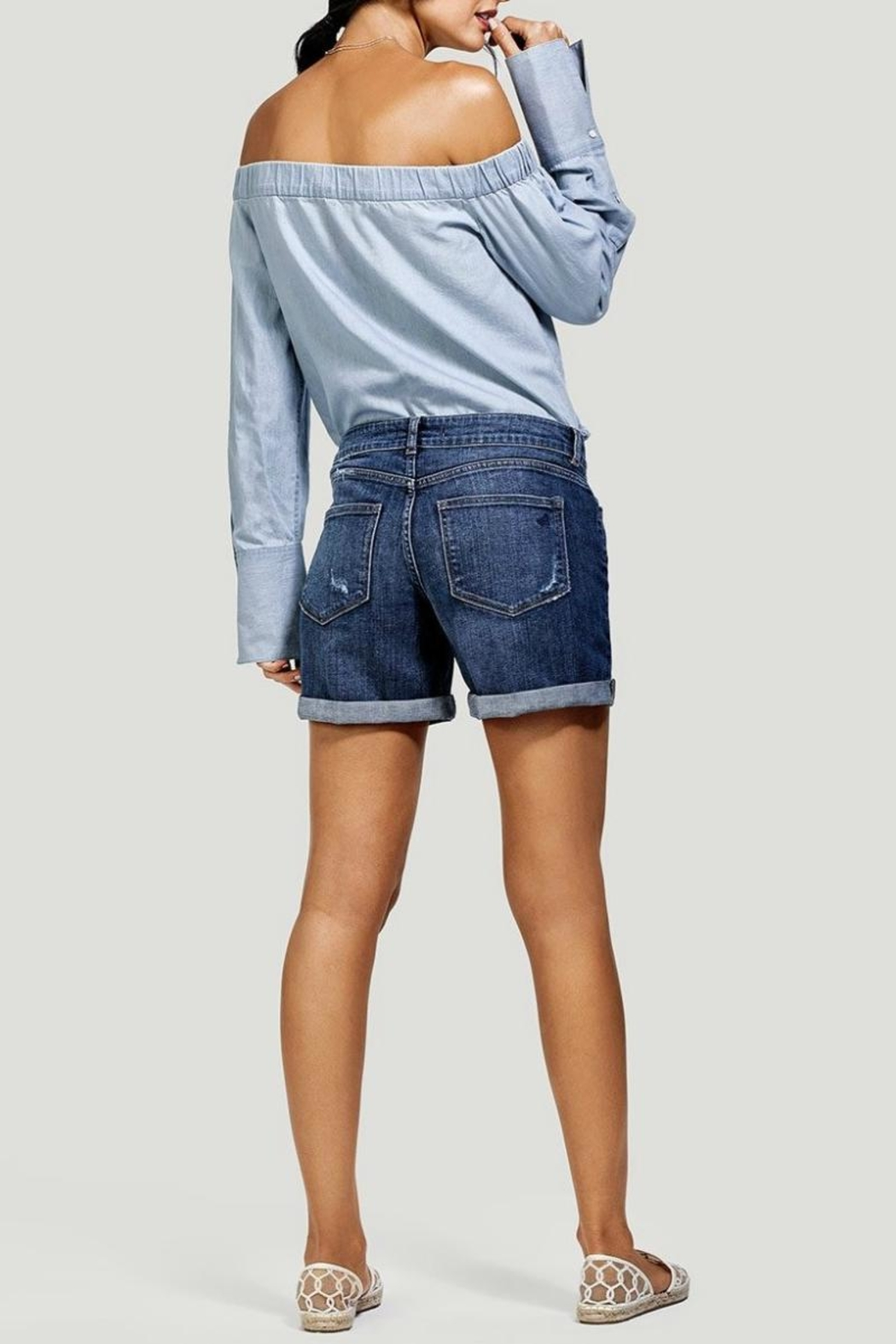 DL1961 Karlie Boyfriend Short - Back Cropped Image