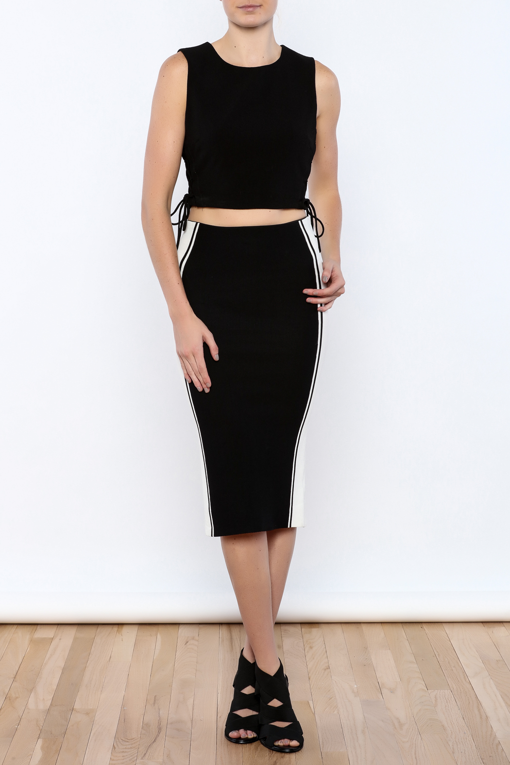 Do & Be Black colorblock Skirt - Front Full Image