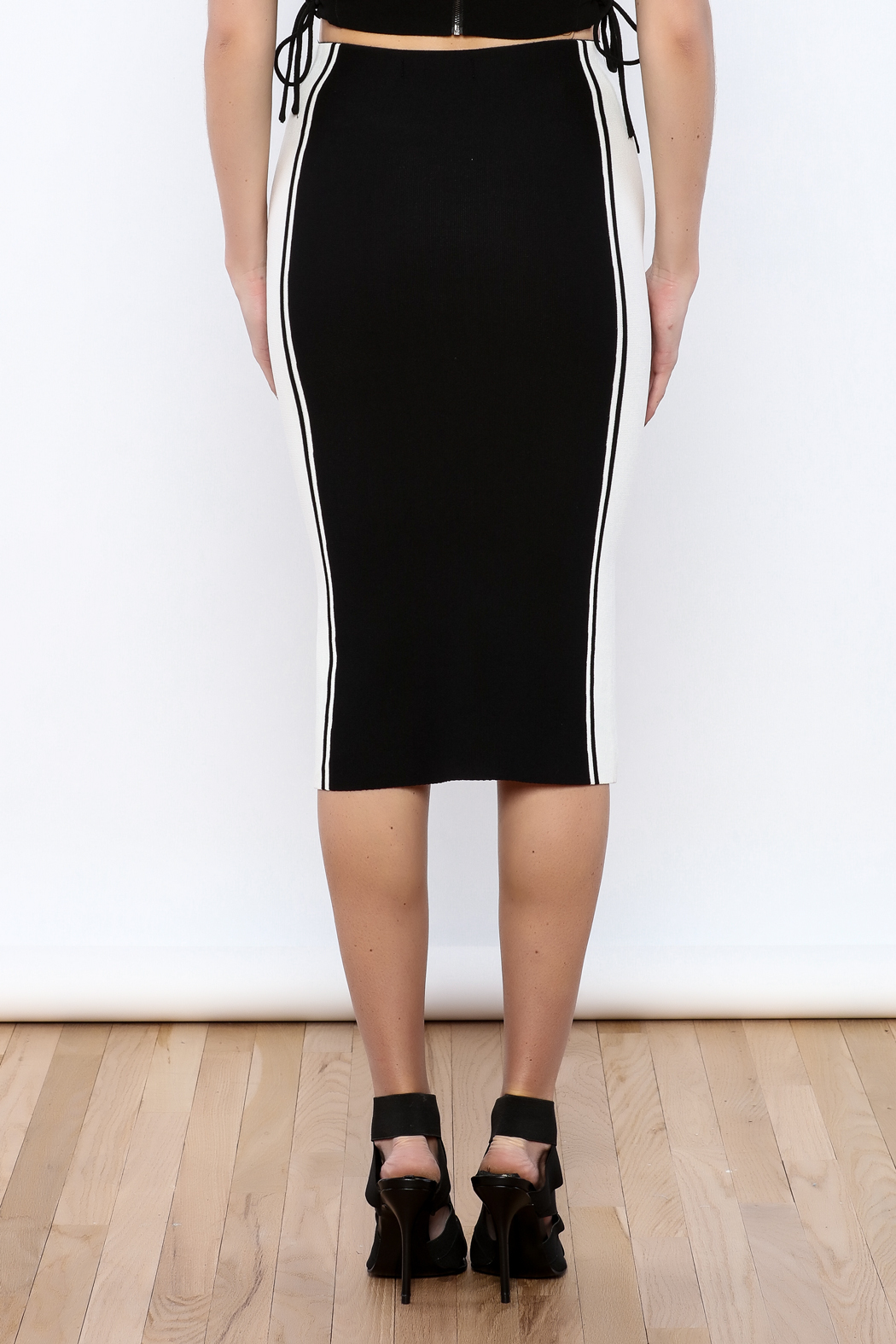 Do & Be Black colorblock Skirt - Back Cropped Image