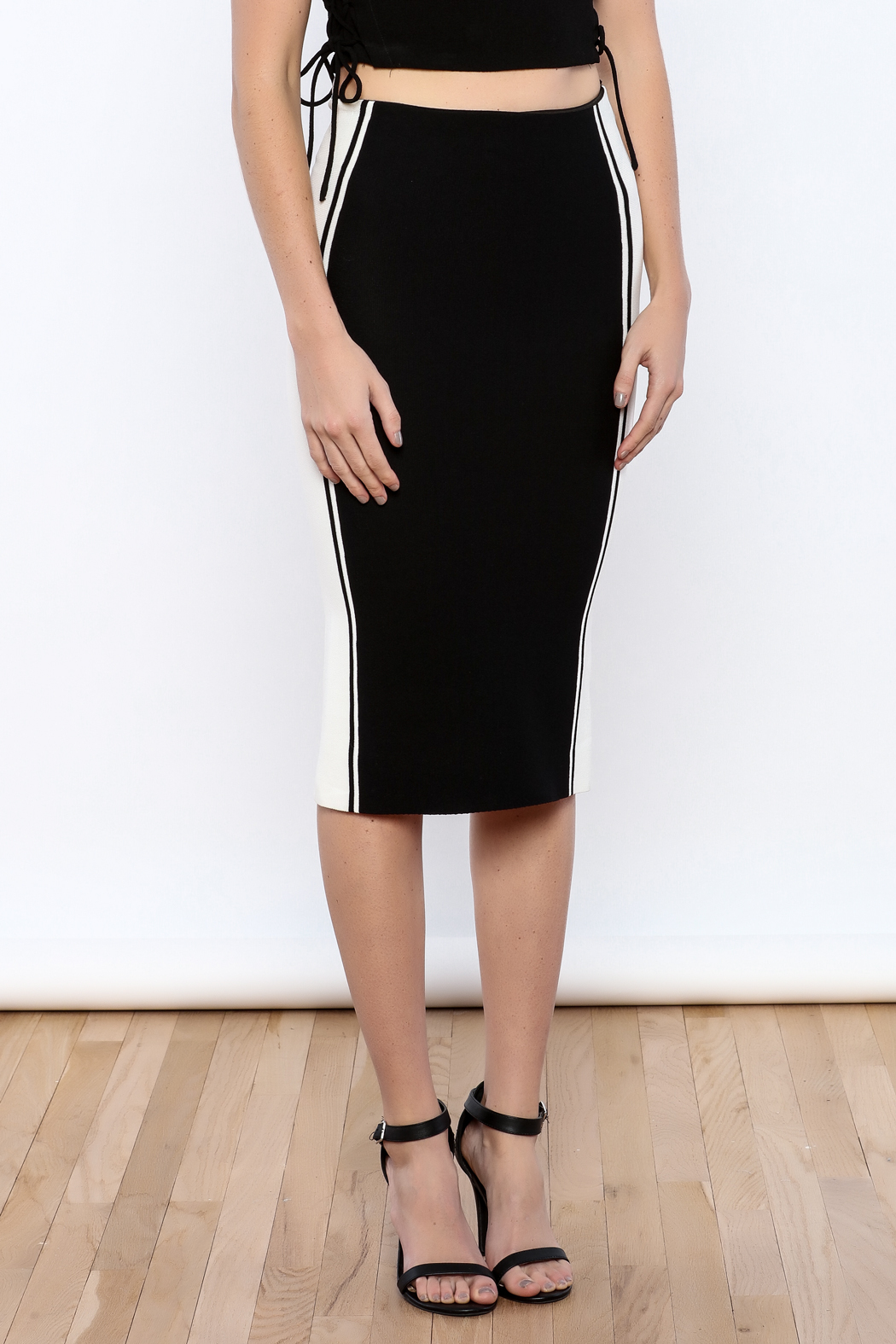 Do & Be Black colorblock Skirt - Side Cropped Image