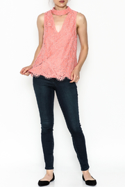 Do & Be Coral Lace Choker Top - Side cropped