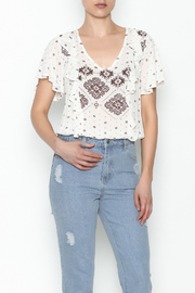 Sadie & Sage White Printed Top - Product Mini Image