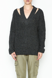 Do-Be Sweater Gray Top - Front full body
