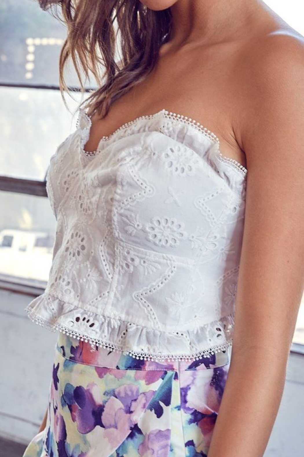 Do+Be Collection  Embroidery Crop Top - Side Cropped Image