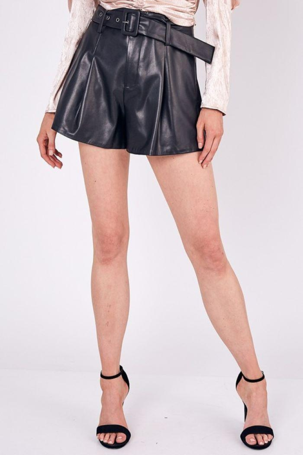 Do+Be Collection  Mid Rise Belted Faux Leather Shorts - Side Cropped Image