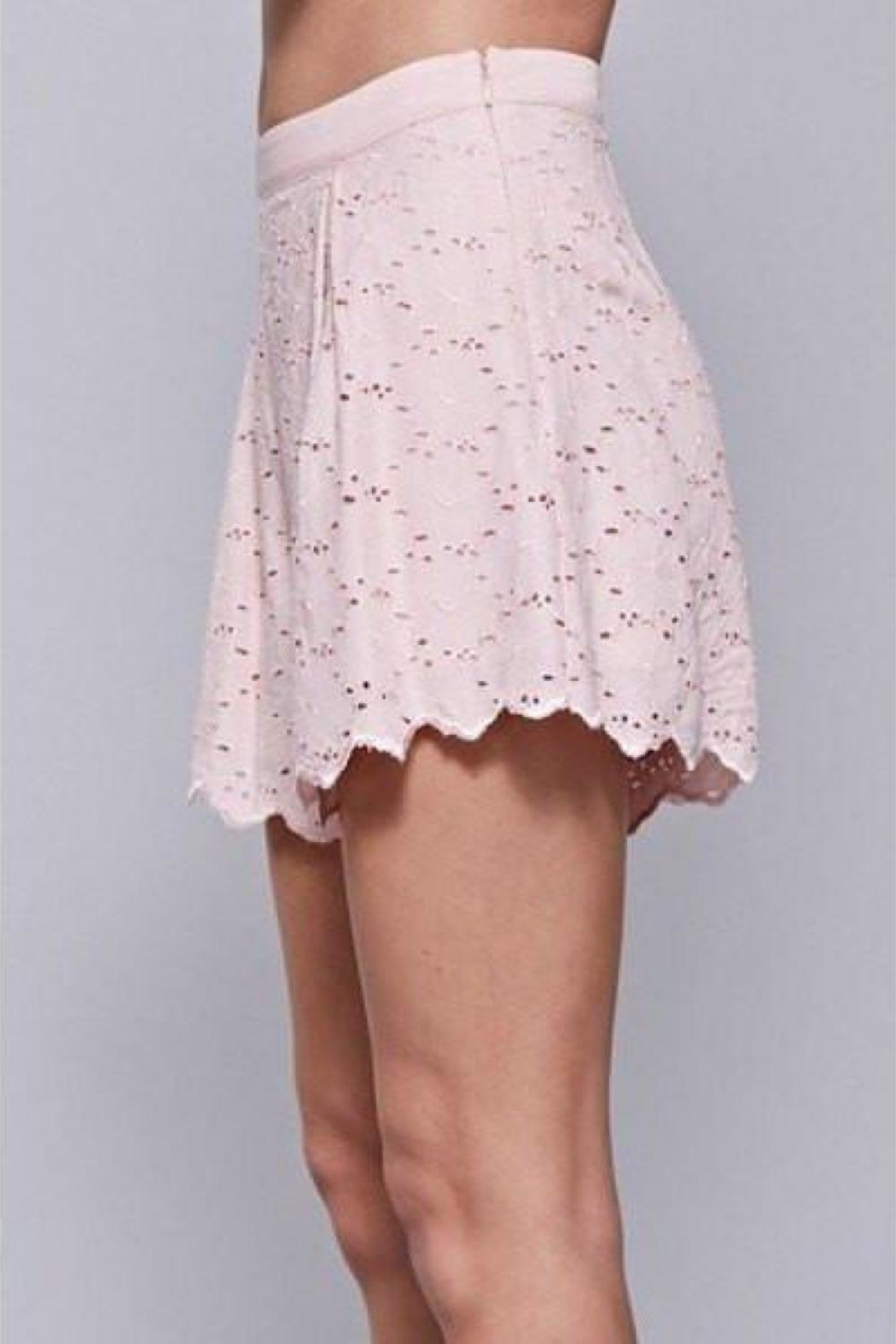 Do & Be Embroidered Lace Shorts - Side Cropped Image