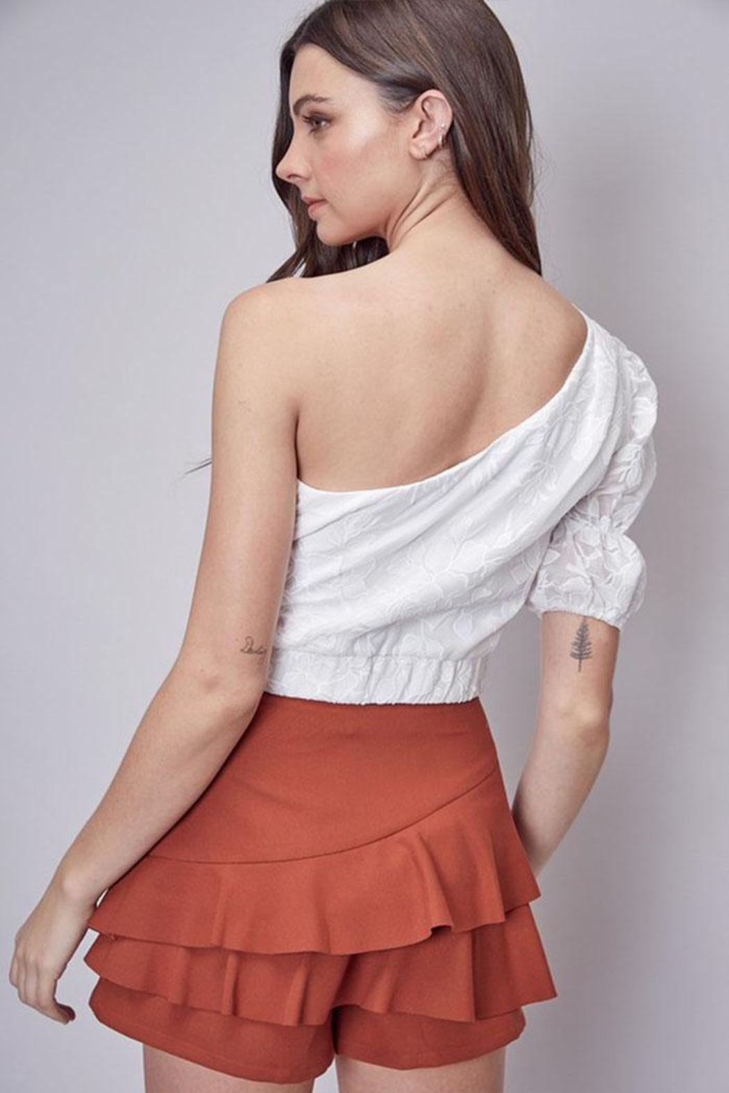 Do & Be Embroidered One-Shoulder Top - Side Cropped Image