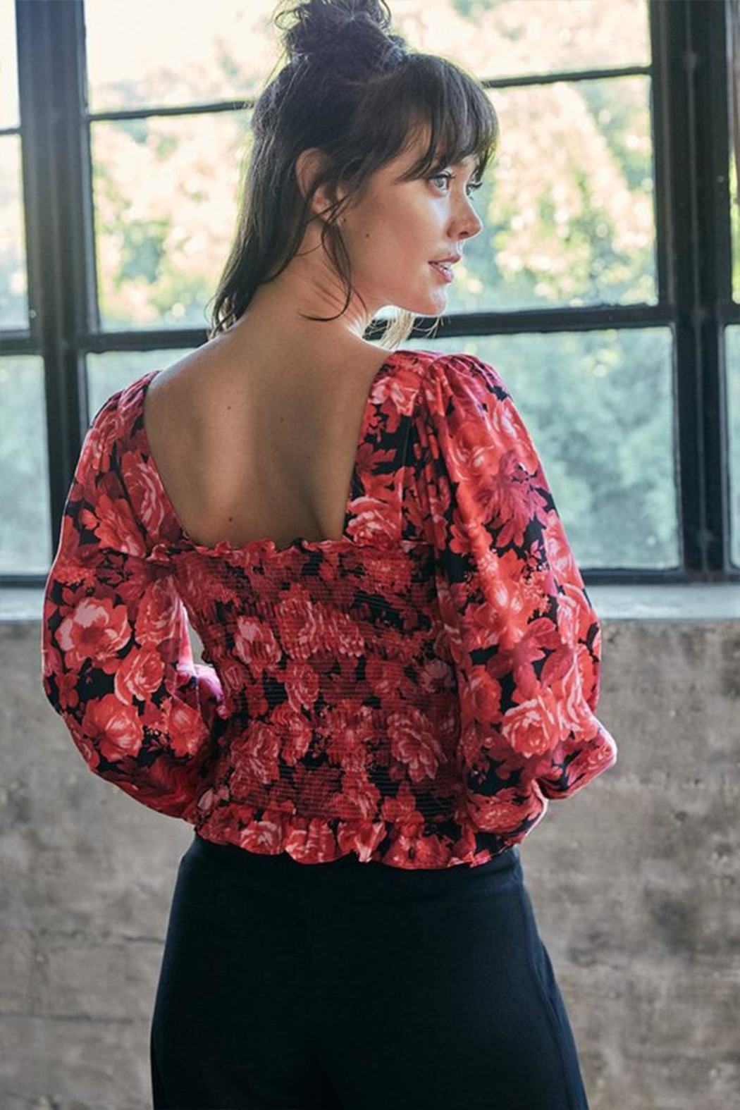 Do & Be Floral Smocking Top - Side Cropped Image