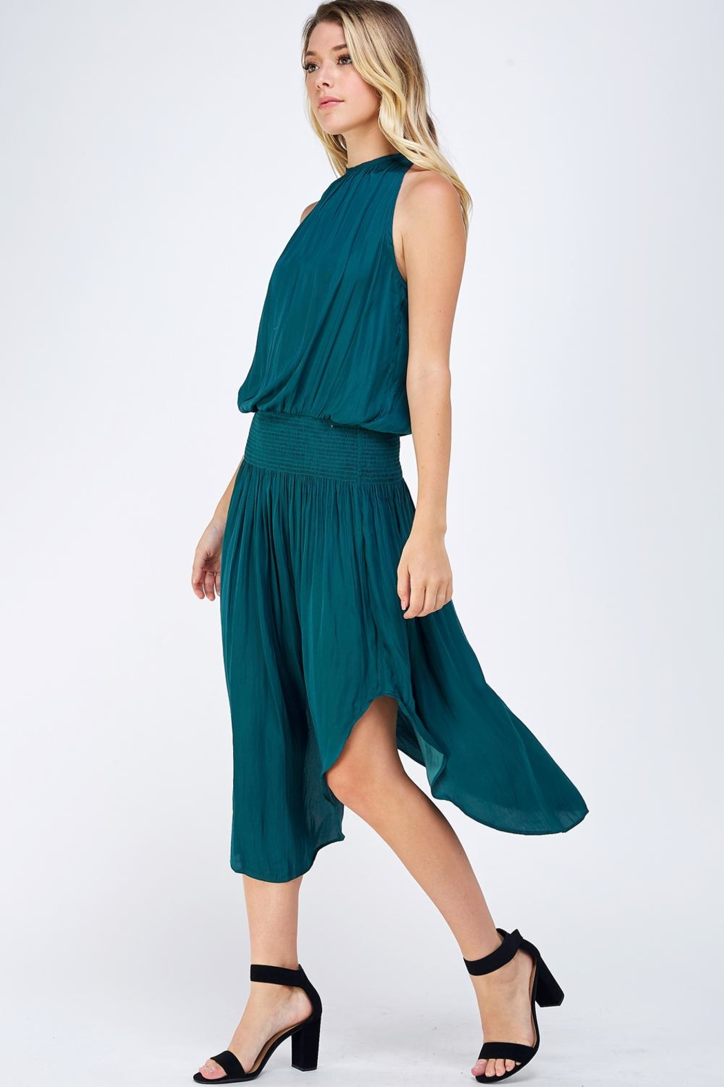 Do & Be Green Smocked Dress - Side Cropped Image