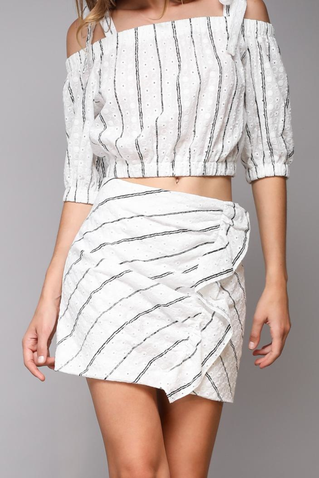 Do & Be Lace Mini Skirt - Front Cropped Image