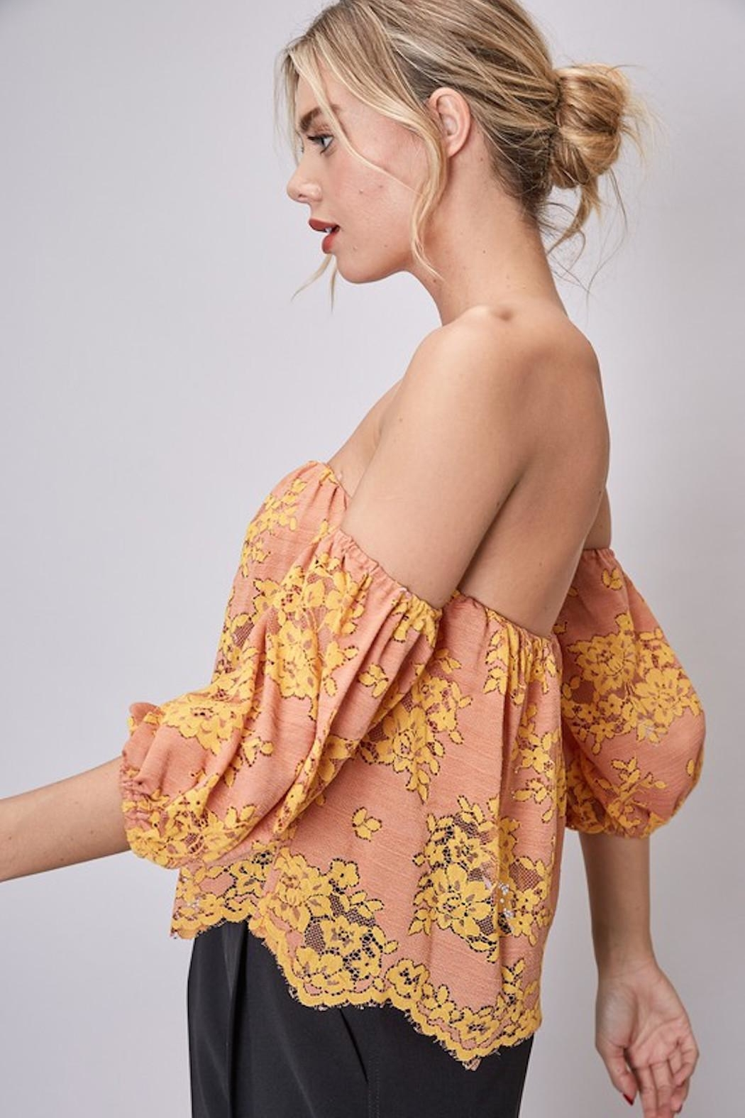 Do & Be Lace Strapless Top - Side Cropped Image