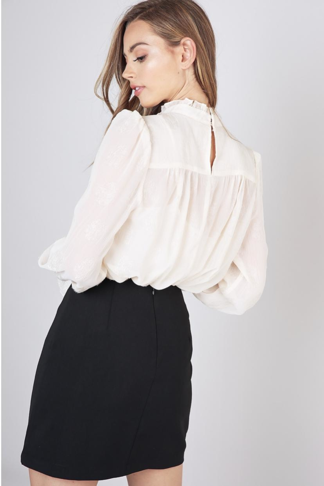 Do & Be Mock Neck Top - Side Cropped Image