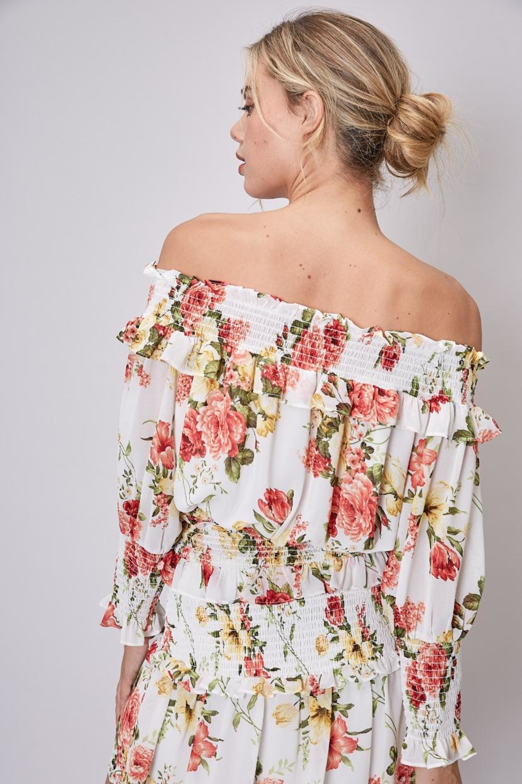 Do & Be Off-Shoulder Floral Top - Side Cropped Image