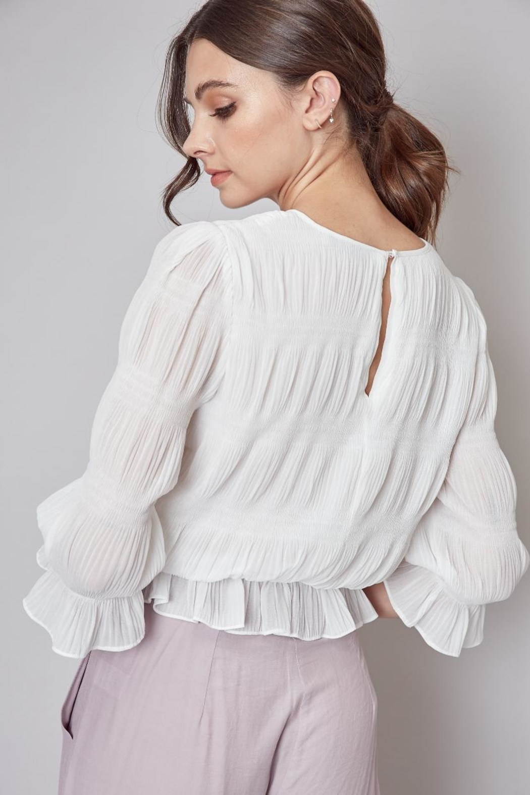 Do & Be Off-White Pleated Top - Back Cropped Image