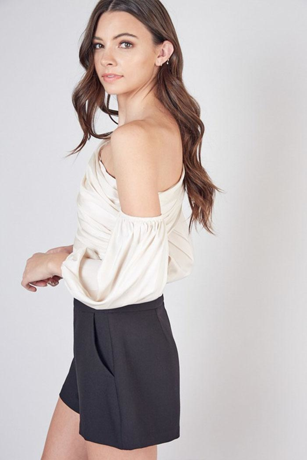 Do & Be One Shoulder Top - Side Cropped Image