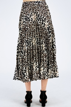 Do & Be Pleated Leopard Skirt - Alternate List Image