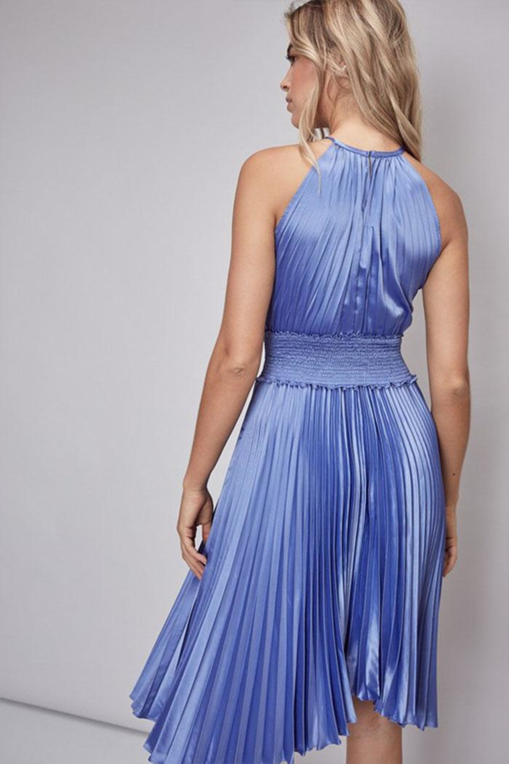 Do & Be Pleated Midi Dress - Side Cropped Image