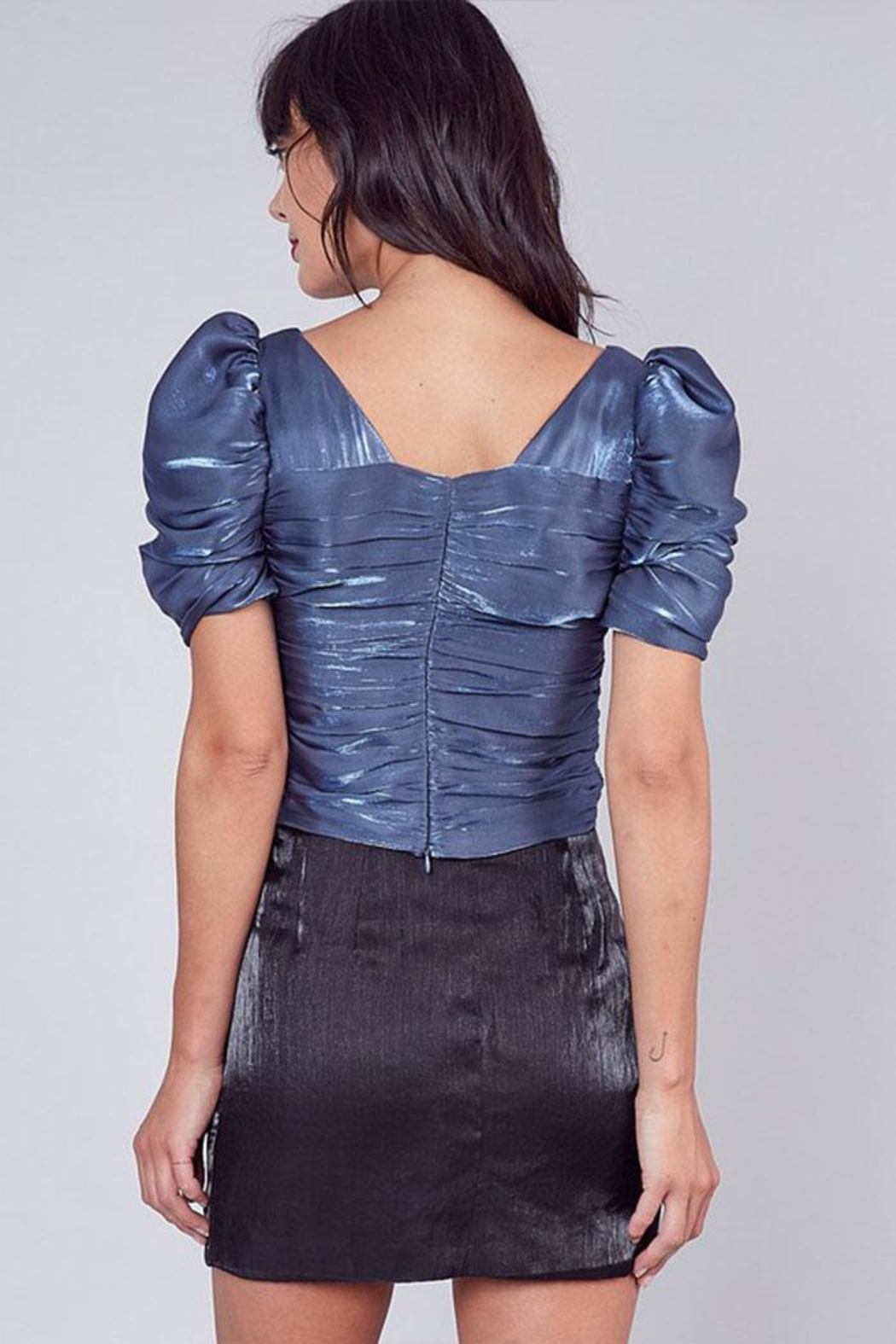 Do & Be Ruched Detailed Blouse - Side Cropped Image
