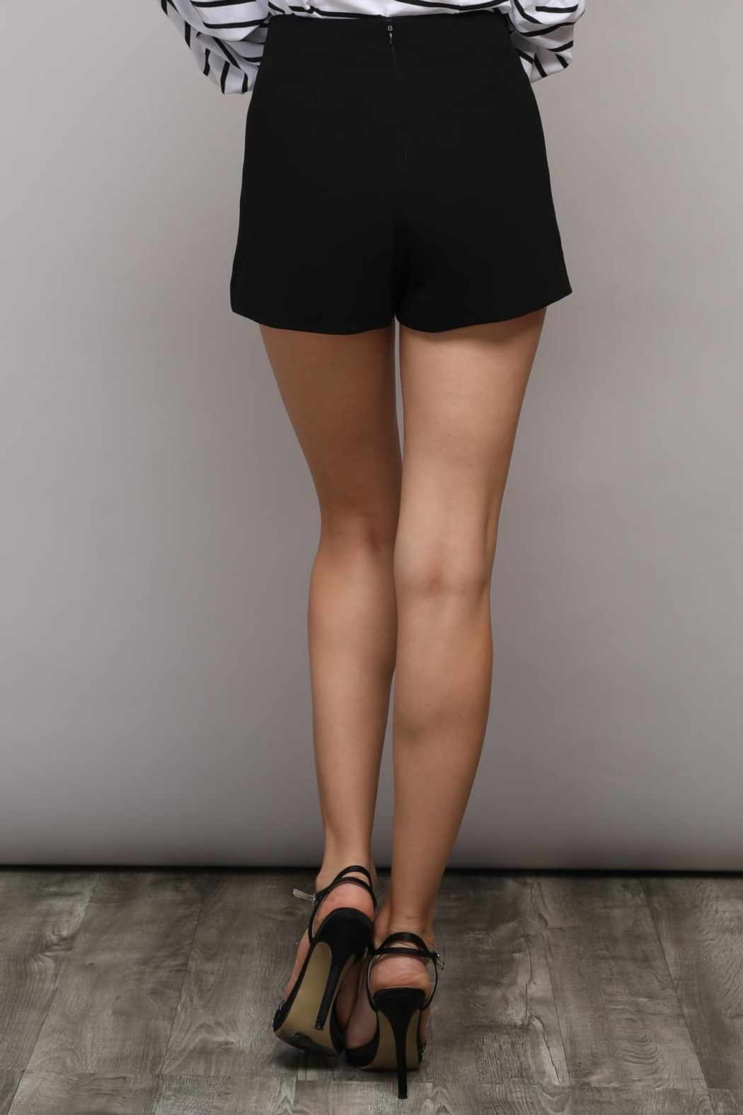 Do & Be Solid Bow Shorts - Front Full Image