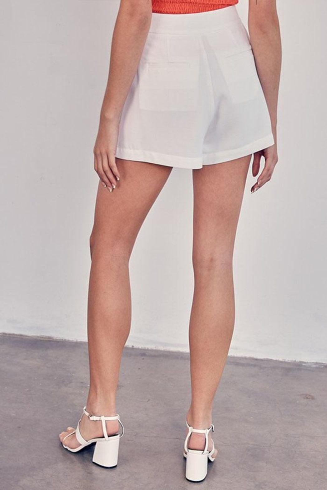 Do & Be Tie Front Shorts - Side Cropped Image