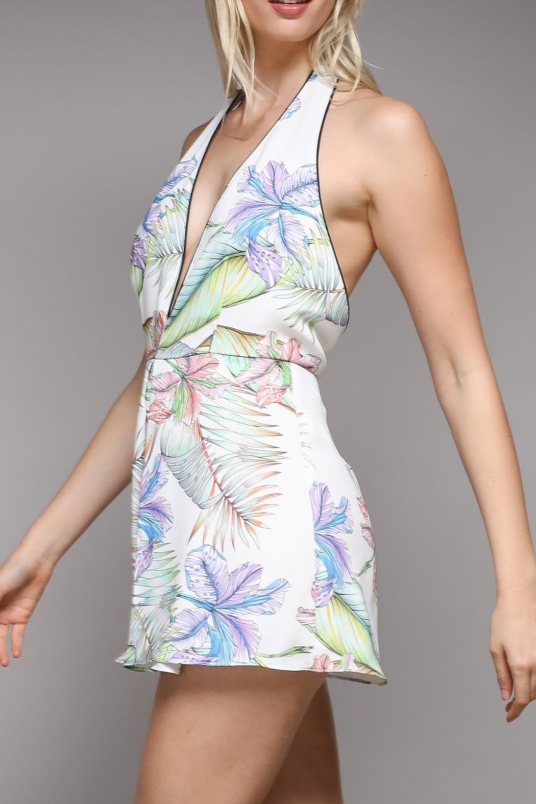 Do & Be Tropical Print Romper - Front Cropped Image