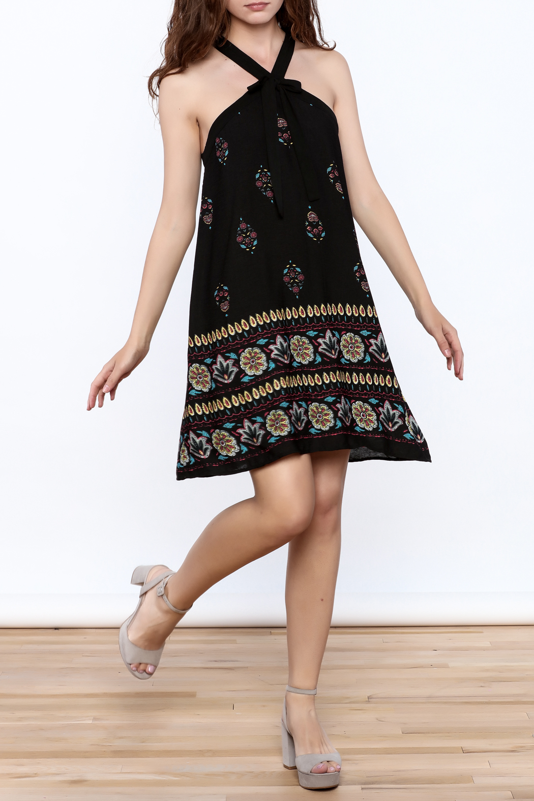 Doe & Rae Floral Shift Dress - Front Full Image