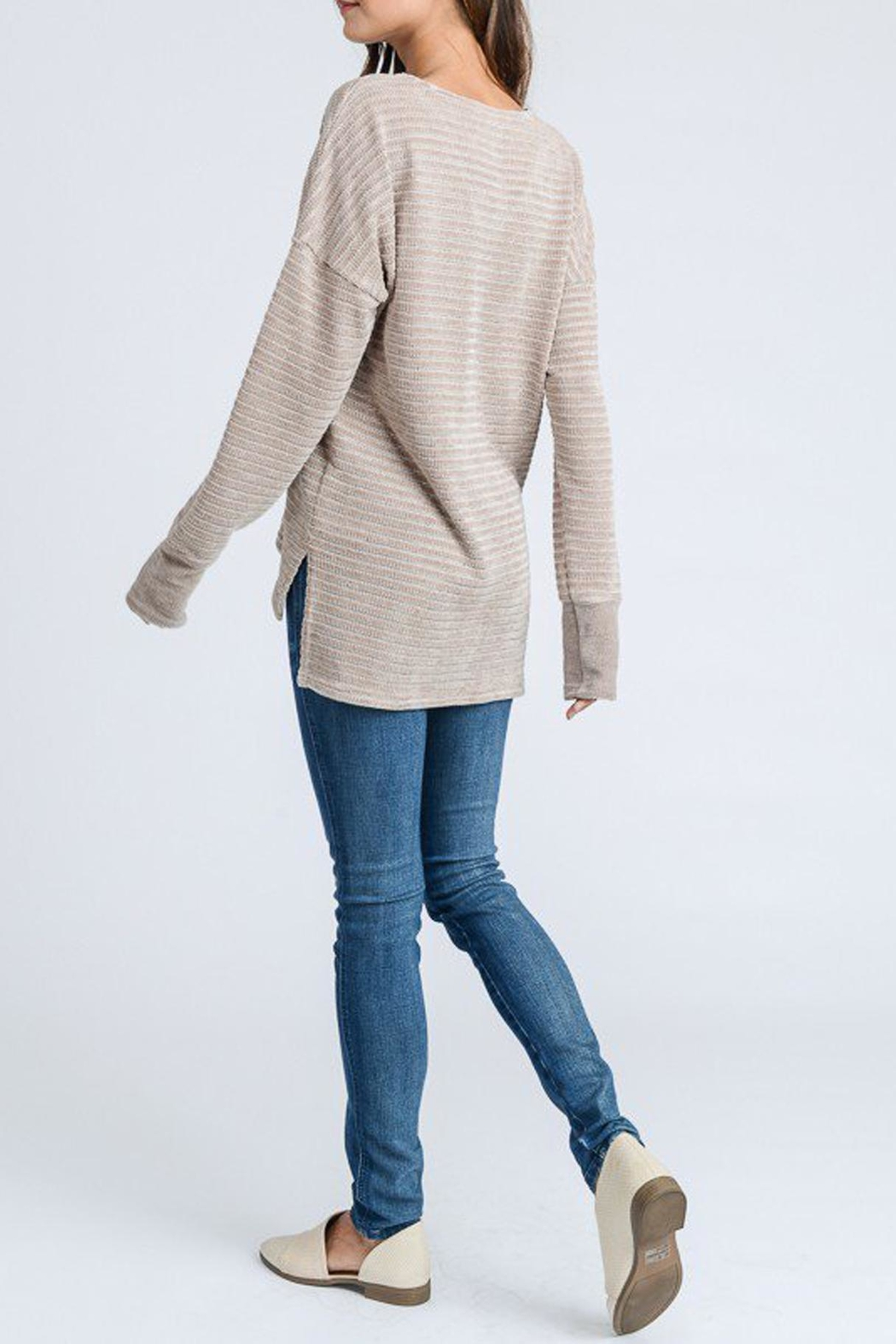 Doe & Rae Chenille Knit Top - Side Cropped Image