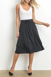 Doe & Rae Classic Black Midi-Skirt - Front cropped